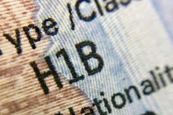 Mỹ siết chặt qui định cấp thị thực lao động diện H1-B
