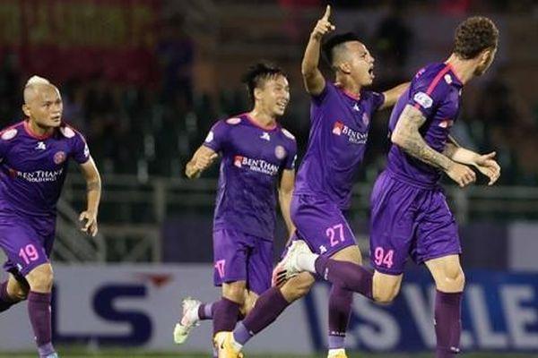 Thắng vất vả trên sân Thống Nhất, Sài Gòn FC vững ngôi đầu bảng