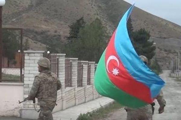 Chuyên gia nêu lý do tại sao Israel vũ trang cho Azerbaijan