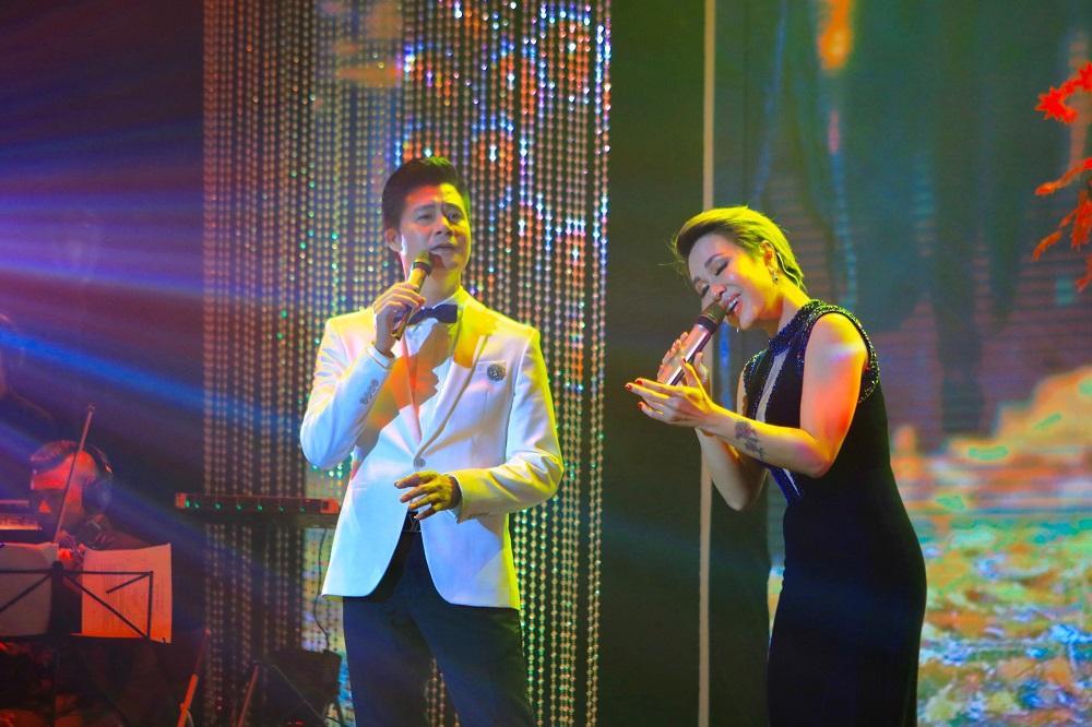 Quang Dũng hội ngộ khán giả thủ đô trong đêm nhạc 'Mùa thu cho em'