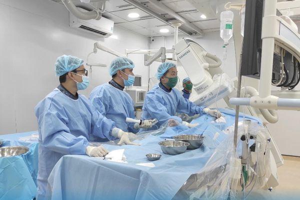 Ngành y tế TP. HCM 'cất cánh': Khi bệnh viện thay da đổi thịt