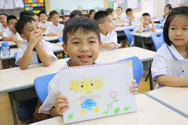 SGK Tiếng Việt 1 'nặng': Có nên cho trẻ học trước?