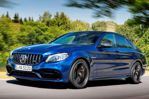 Mercedes hé lộ thêm thông tin về AMG C63 2022