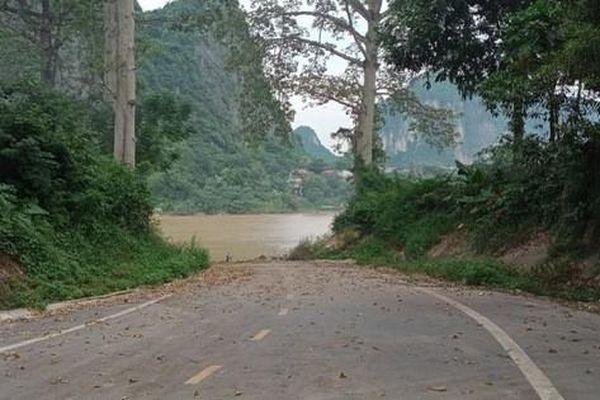 Sẽ lắp thêm biển cảnh báo tại gần vị trí 3 người tử vong dưới sông Mã