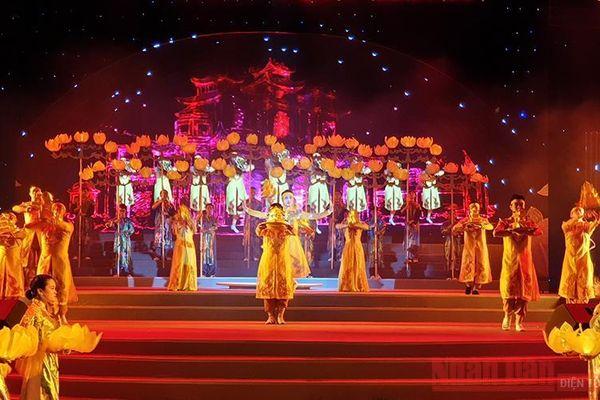 Chương trình nghệ thuật đặc biệt 'TP Hồ Chí Minh - Thành phố anh hùng'