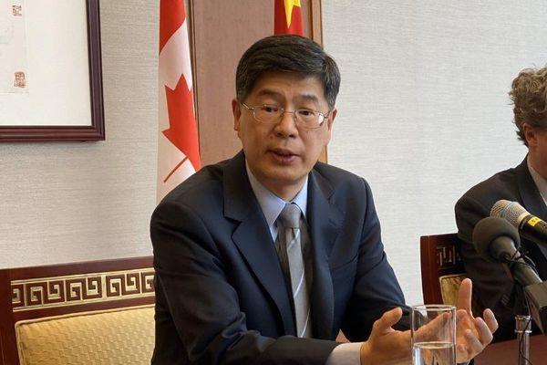 Bác chỉ trích của Canada, Bắc Kinh tố ngược Ottawa 'cưỡng ép'