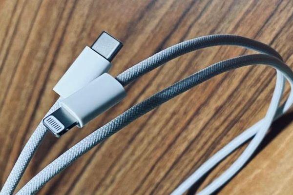 iPhone 12 là bằng chứng cho thấy Apple sắp bỏ cổng Lightning