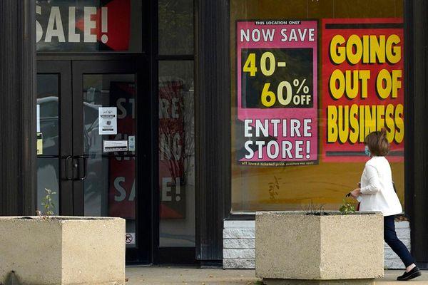 Tỉ lệ thất nghiệp tăng cản trở phục kinh tế Mỹ