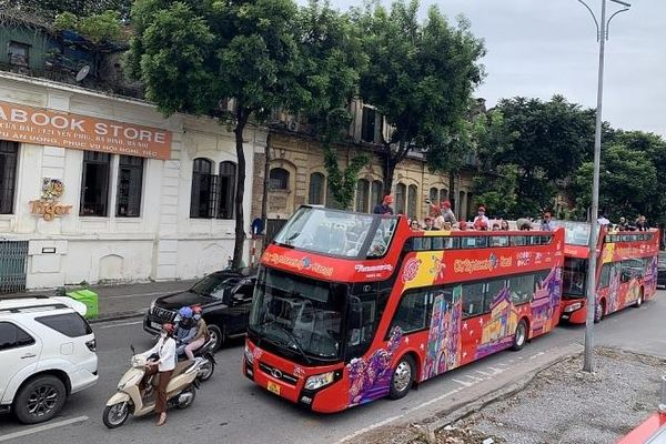 Hà Nội: Xe bus 2 tầng hoạt động trở lại phục vụ du khách