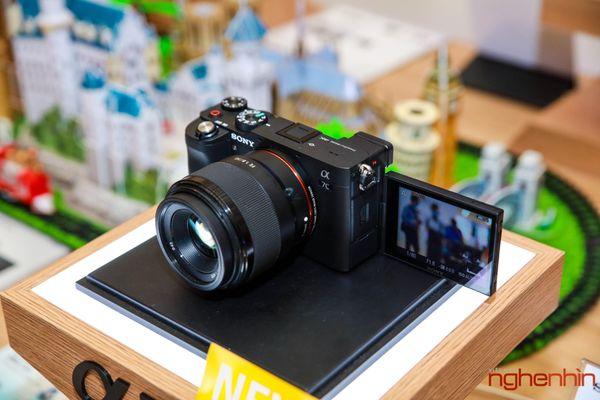 Sony Việt Nam ra mắt máy ảnh Full-frame Alpha 7C giá từ 41 triệu