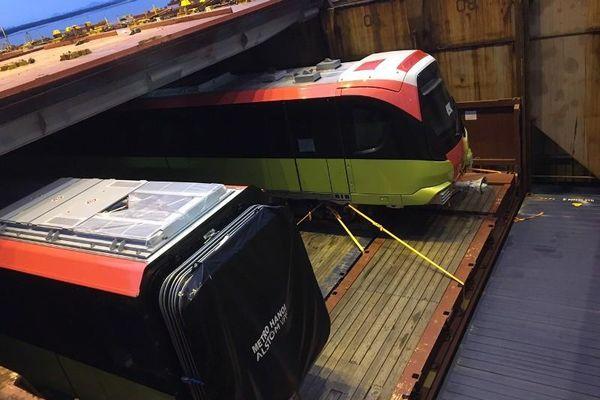 Đoàn tàu đầu tiên tuyến metro Nhổn- ga Hà Nội cập cảng Hải Phòng