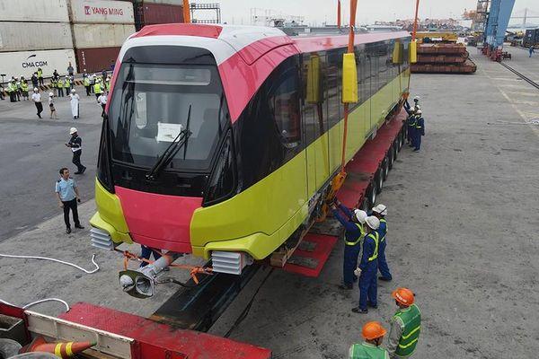 Metro Nhổn - ga Hà Nội sắp vận hành thử toa tầu đầu tiên