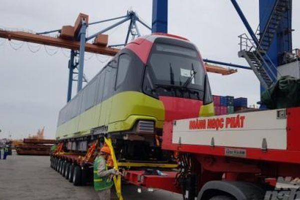 Đoàn tàu đầu tiên tuyến tàu điện Nhổn - Ga Hà Nội cập cảng Hải Phòng