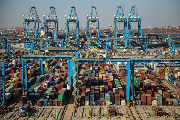 Trung Quốc: Luật hạn chế xuất khẩu mới nhằm bảo vệ an ninh quốc gia