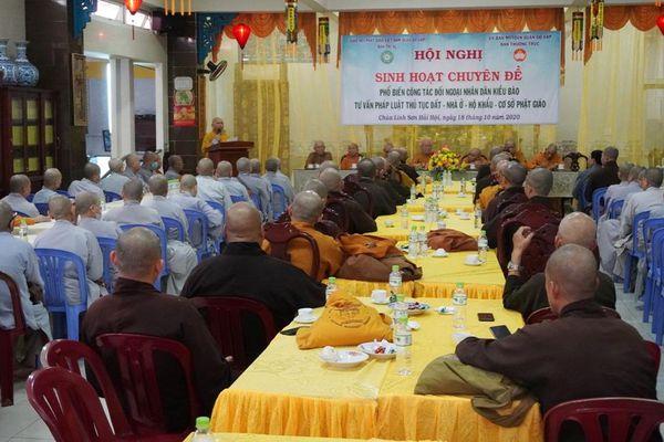 TP.HCM : Chư Tăng Ni Q.Gò Vấp nghe phổ biến về đất tôn giáo