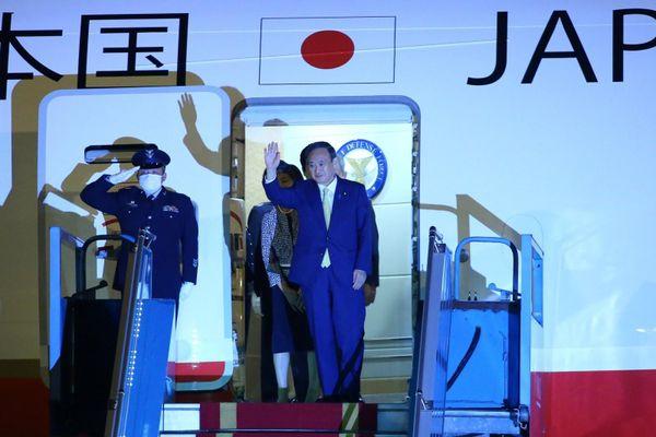Những hình ảnh đầu tiên của Thủ tướng Nhật Bản Yoshihide Suga tại Việt Nam