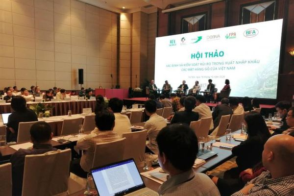 Kiểm soát rủi ro xuất nhập khẩu gỗ của Việt Nam