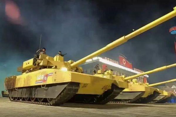 Dàn xe tăng bí ẩn của Triều Tiên khiến giới chuyên gia kinh ngạc