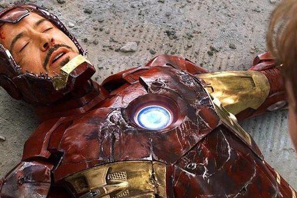 Robert Downey Jr. hoàn toàn bị mù khi mặc giáp Iron Man