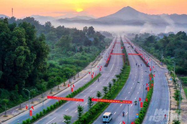 Cao Bằng: Khánh thành nhiều công trình chào mừng đại hội