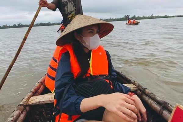 Thủy Tiên trải lòng sau khi nhận 100 tỷ từ thiện: 'Nhiều người khuyên mình cẩn thận kẻo mất hết sự nghiệp'