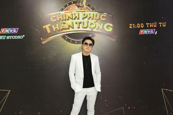 Nhiều lần đi diễn còn phải bỏ tiền túi ra để bù lỗ khiến Dương Ngọc Thái muốn từ bỏ ca hát