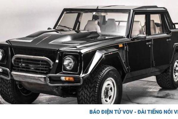 Lamborghini LM002 sau hơn 30 năm vẫn được rao bán hơn 200.000 USD