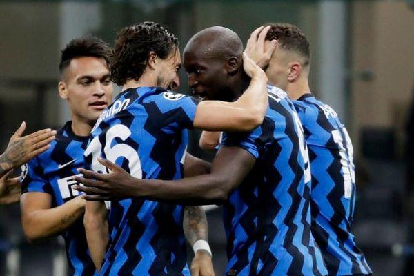 Lukaku tỏa sáng trong ngày trở lại Champions League