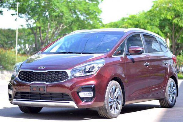 Giá xe ô tô hôm nay 22/10: Kia Rondo thấp nhất ở mức 559 triệu đồng