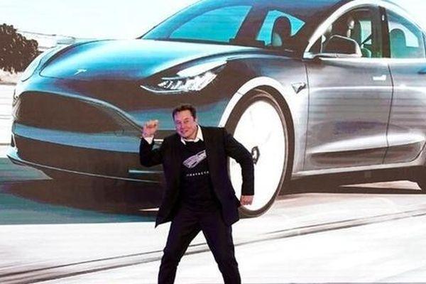 Bất chấp đại dịch, Tesla vẫn giữ 'phong độ' ổn định qua các quý