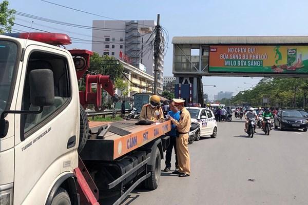 Hà Nội: Tái lập trật tự, an toàn giao thông tại các bệnh viện