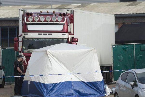 Vụ 39 người chết trong container: Nhân chứng người Việt khai tình tiết bất ngờ