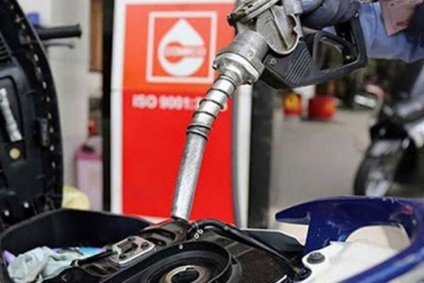 Giá xăng dầu hôm nay 24/10: Tuần giảm duy nhất trong nhiều tháng