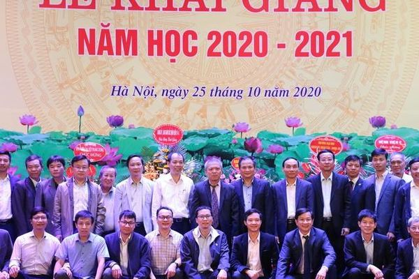 Khoa Y Dược Đại học Quốc gia Hà Nội khai giảng năm học 2020 – 2021