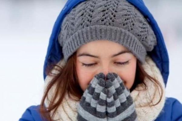 Tại sao hàm răng lại va lập cập khi lạnh?