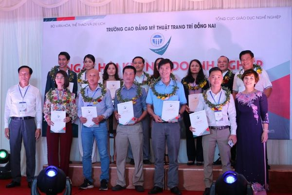 60 doanh nghiệp tham gia kết nối với Trường Cao đẳng Mỹ thuật Trang trí Đồng Nai