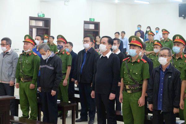 Xét xử vụ án xảy ra tại BIDV: Các bị cáo nói gì về 'sức ép' của ông Trần Bắc Hà?