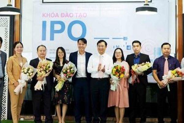 81 doanh nghiệp khởi nghiệp, nhà đầu tư tham gia khóa đào tạo IPO đầu tiên