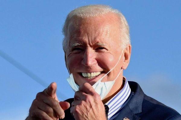 Bị ông Biden nhầm tên là 'George Bush', ông Trump chớp cơ hội