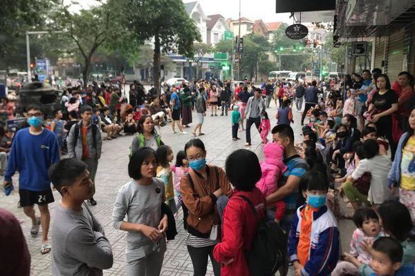 Cháy căn hộ tầng 33 chung cư HH1B Linh Đàm, hàng trăm người hoảng loạn tháo chạy