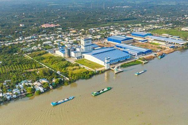 Phát triển hạ tầng các khu, cụm công nghiệp tạo sự chuyển dịch cơ cấu kinh tế của địa phương
