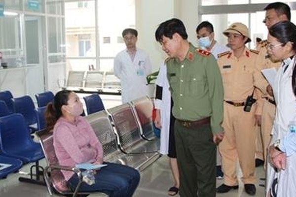 Thứ trưởng Nguyễn Văn Sơn kiểm tra, chỉ đạo công tác phòng chống bão số 9