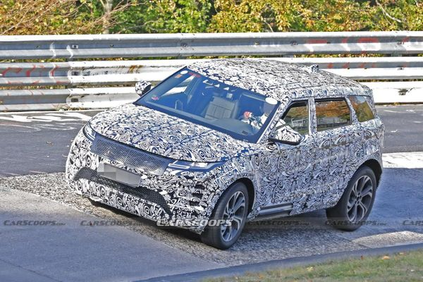 Range Rover Evoque bản trục cơ sở kéo dài bị lộ ảnh chạy thử
