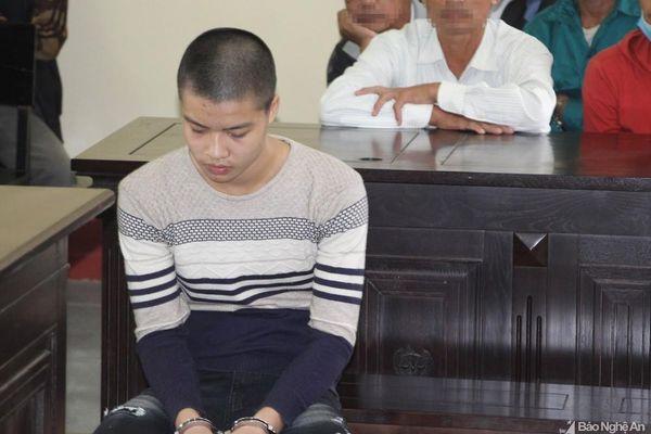 Nam thanh niên ở Nghệ An vờ đặt mua 2 iPhone XS MAX rồi dàn cảnh cướp