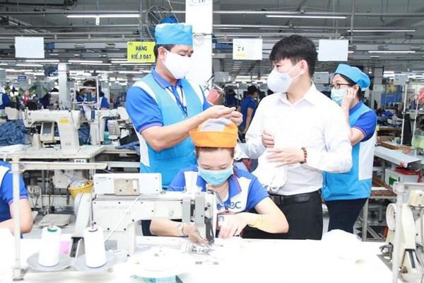 Tái cấp vốn 16.000 tỷ đồng hỗ trợ người lao động gặp khó khăn do COVID