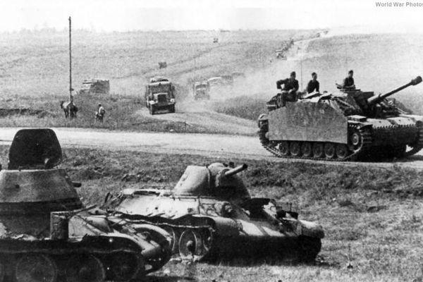 Choáng với trận chiến xe tăng 'khủng' nhất Thế chiến 2