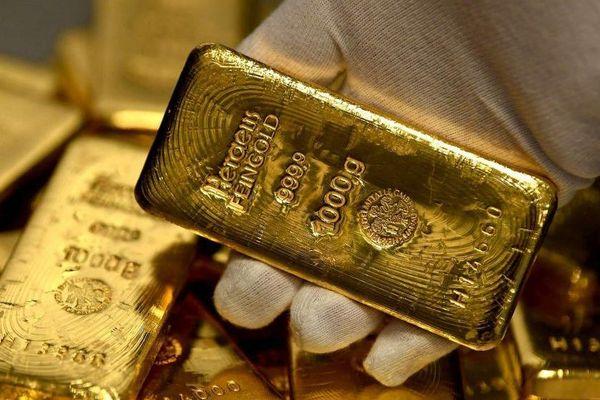 Giá vàng hôm nay 29/10: Làn sóng bán tháo 'đổ bộ' vào thị trường, USD 'thăng hoa', vàng mất ngay 35 USD/ounce