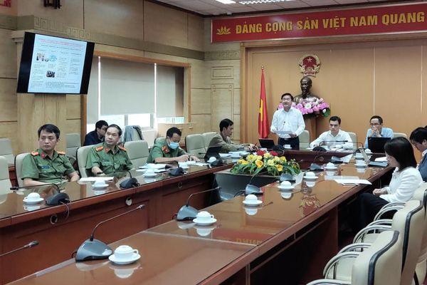 Chuyên gia người nước ngoài nhập cảnh vào Việt Nam phải xét nghiệm COVID-19 đủ 3 lần khi cách ly