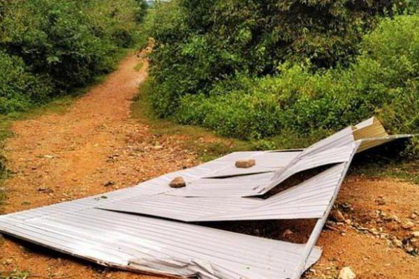 Đắk Lắk: Người đàn ông tử vong do bị tấm tôn bay trúng