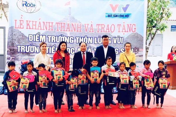Hiệp hội Tấm lợp Việt Nam trao tặng điểm trường mới và nhà tình nghĩa tại Hà Giang